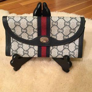 Vintage Gucci Plus web stripe wallet